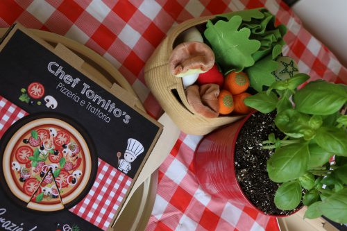 vegetables centerpieces and pizza boz